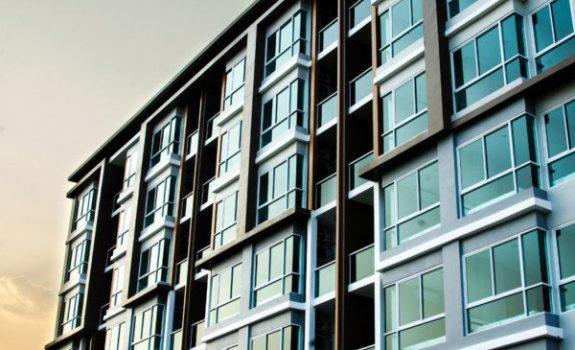 Assicurazione condominiale non pagata e responsabilità